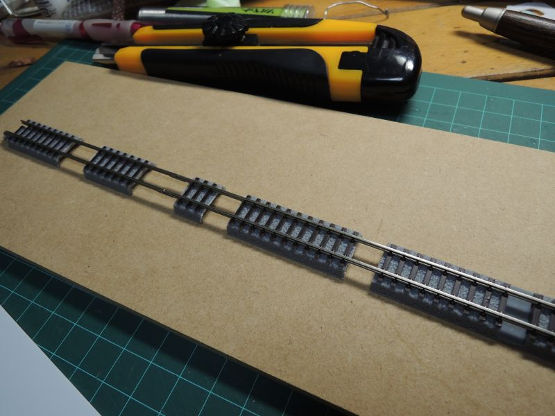 作業坑のトロッコ線のロクハンレール310mm調整