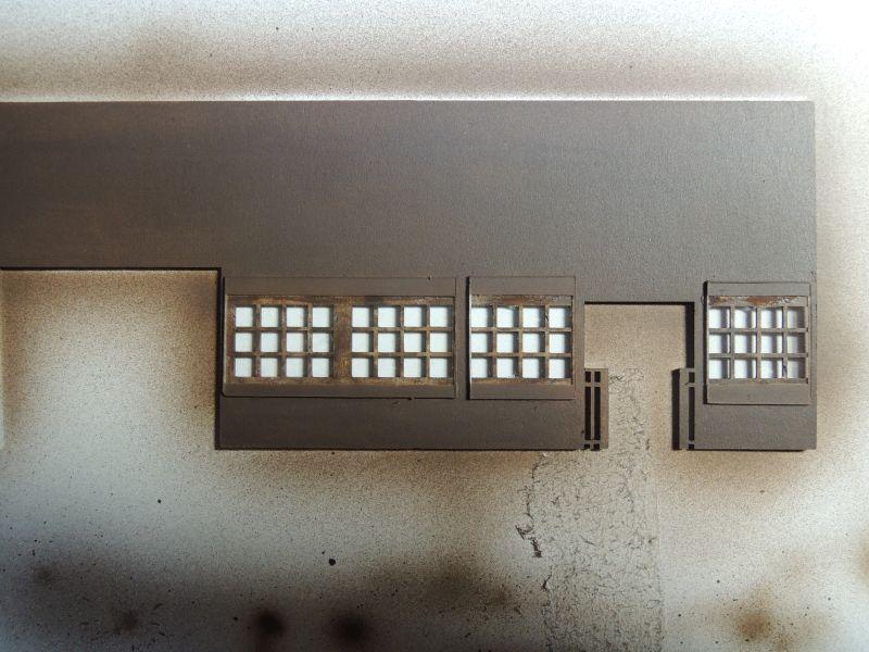 嘉例川駅駅舎、内側塗装