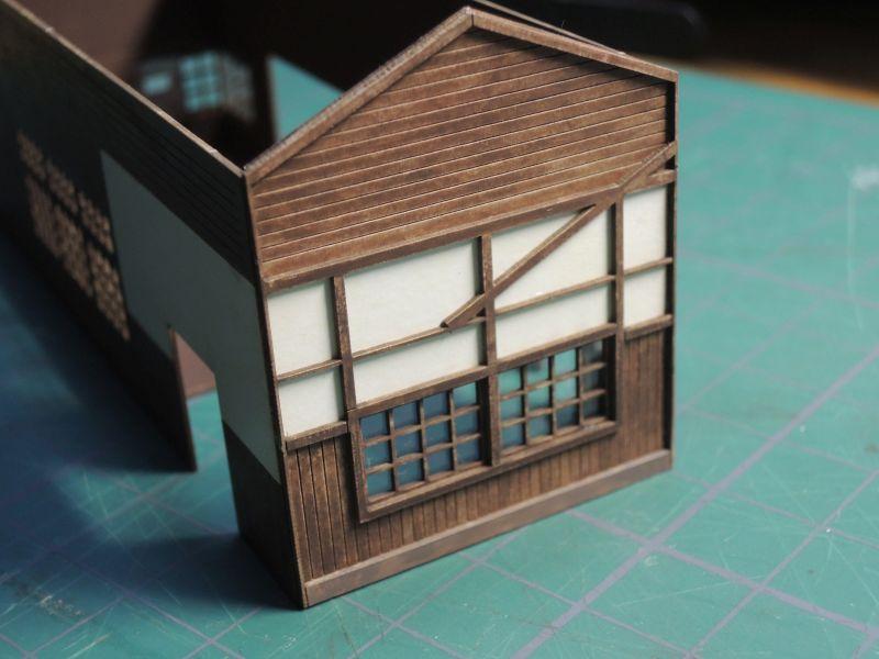 嘉例川駅駅舎、組立て