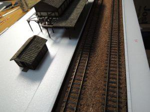 嘉例川駅モジのホームに駅舎仮設置