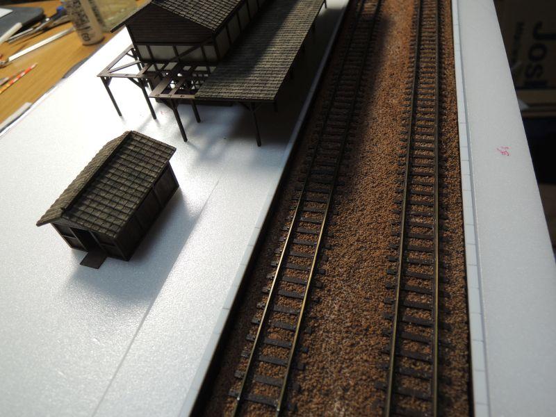 嘉例川駅のホームに駅舎仮設置
