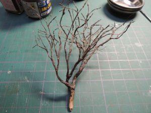 嘉例川駅モジの木、塗装